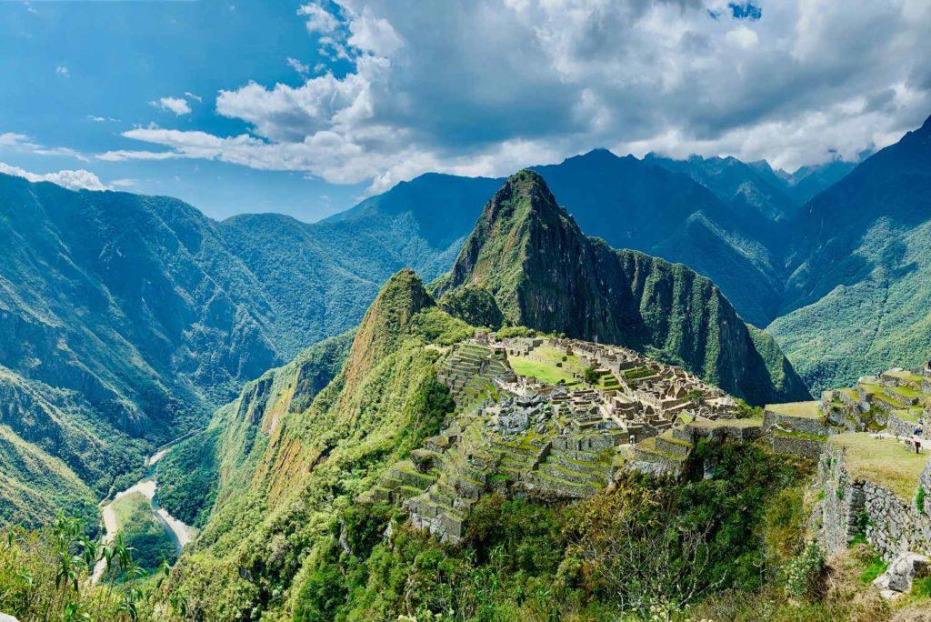 ¿Cuando cierra Machu Picchu 2020?